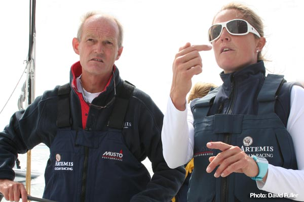 Artemis CEO Mark Tyndall and Skipper Sam Davies plot a course.